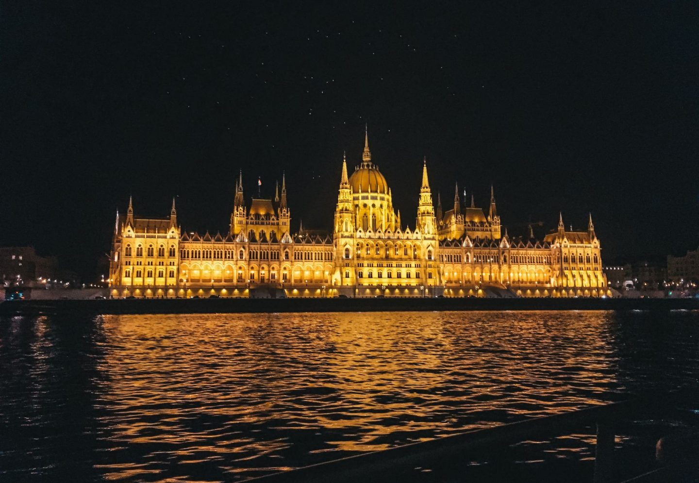 Danube river night cruise Budapest